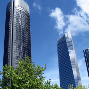 4 Torres Business Area